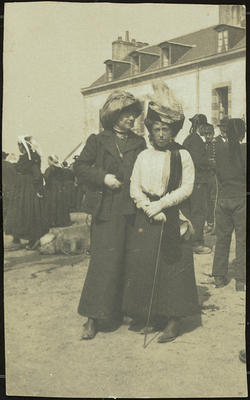 Miss Kemp and Frances Hodgkins, Brittany