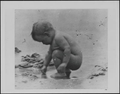 [Baby Marion Scott at the Beach]
